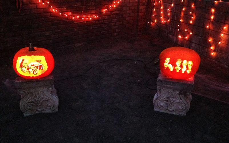 Pumpkins on Pedestals - Life With Lorelai