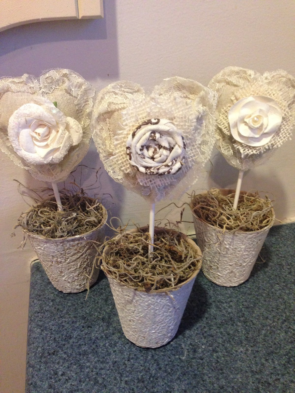 No-Sew Fabric Hearts in Peat Pots - HMLP Feature