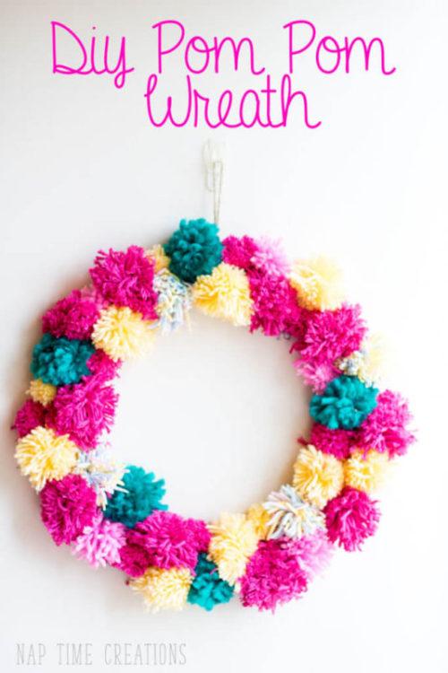 DIY Pom-Pom Wreath-Naptime Creations - HMLP 127 Feature