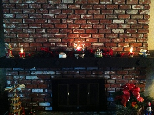 Christmas Hearth and Mantle - Life With Lorelai