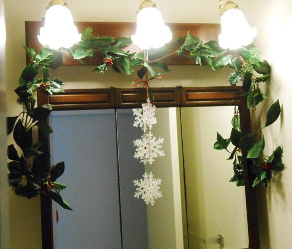 Guest Bathroom Christmas | Life With Lorelai