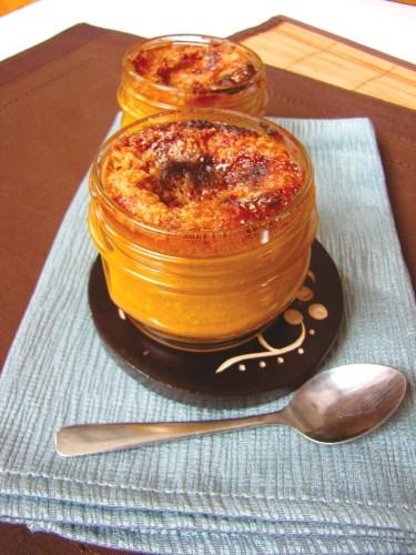 Mason Jar Pumpkin Creme Brulee - Vegan | Life With Lorelai - lifeiwthlorelai.com