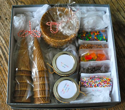 Ice Cream Sundae Kit - 13 Homemade Gift Ideas - Food