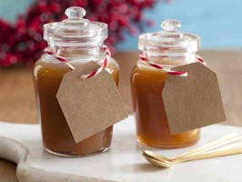 Salted Caramel Sauce - 13 Homemade Gift Ideas - Food