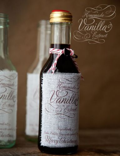 Vanilla Extract - 13 Homemade Gift Ideas - Food