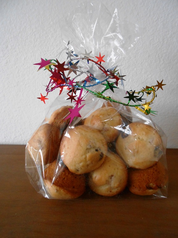 Festive Packaging for Mini Muffins