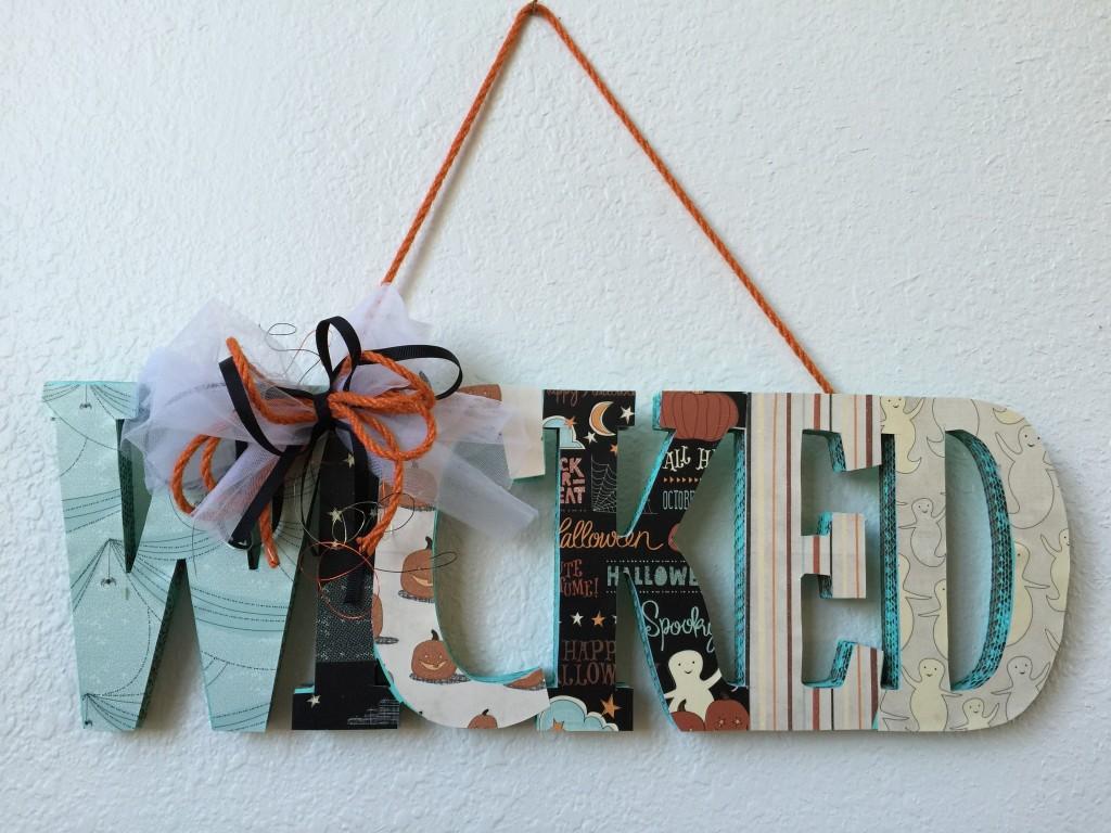 Deborah Ward - Oct 15 - DIY Not So Wicked Sign 7