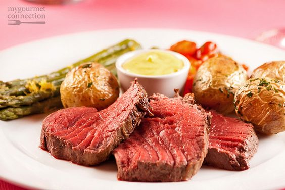 Chateaubriand for Two with Sauce Bearnaise - My Gourmet Connection - Lynne