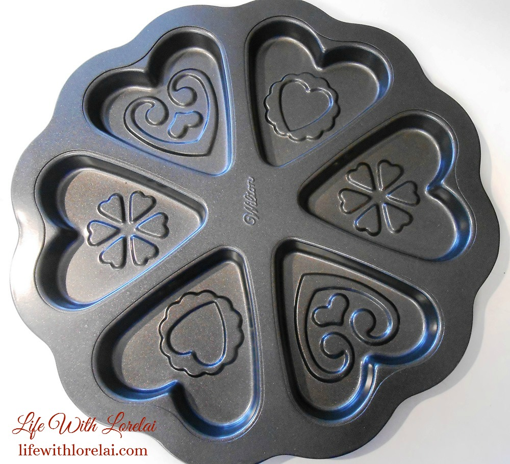 Heart Cookie Pan - Life With Lorelai