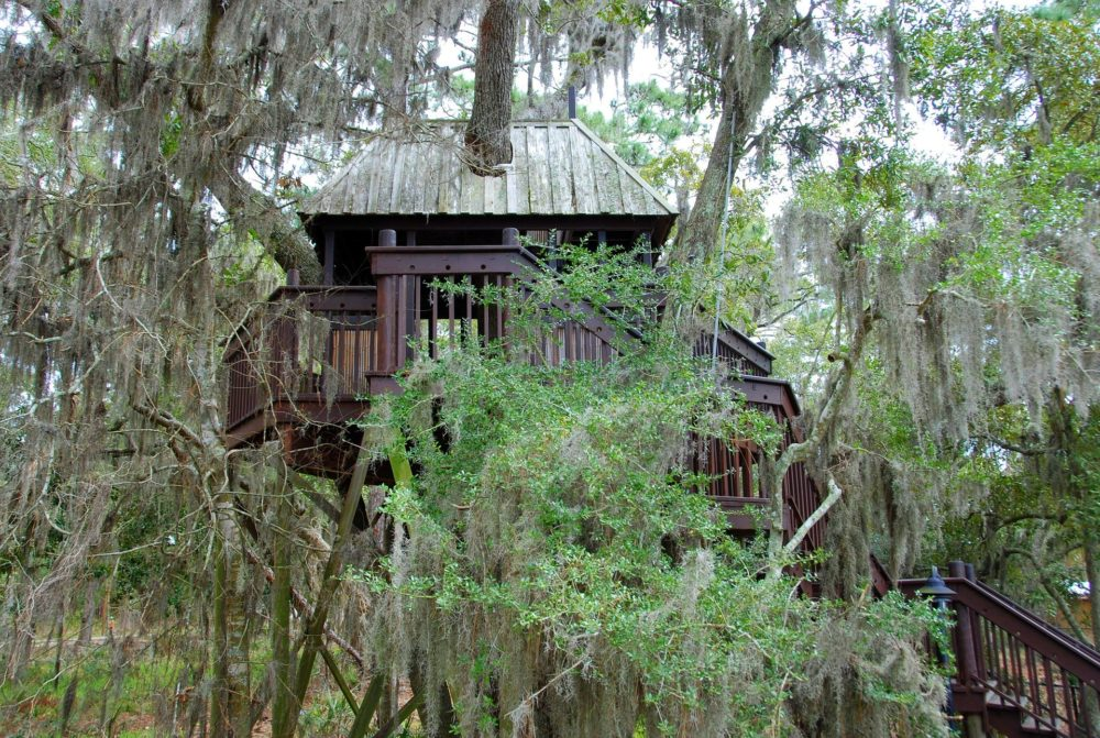 playhouse - treehouse-646967_1920