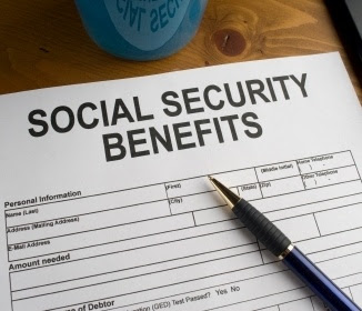 What We Learned About Social Security : Preparing for Early Retirement - Debbie-Dabble Blog - HMLP 102 - Feature