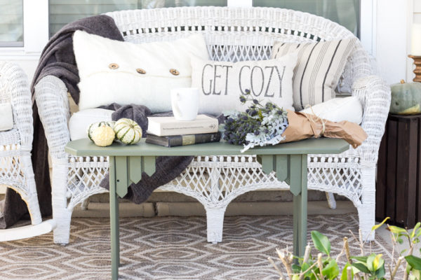 Repurposed Bench Coffee Table Makeover - Bless'er House - HMLP 110 Feature