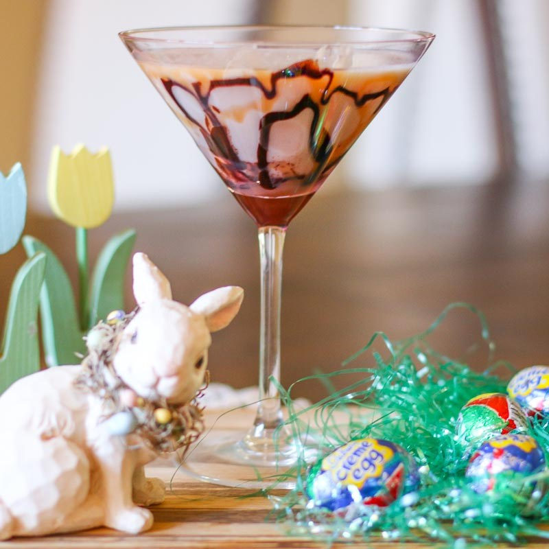A collection of 9 recipes for festive Easter Cocktails that every bunny will love. Celebrate in style this spring with these fun holiday themed drinks.