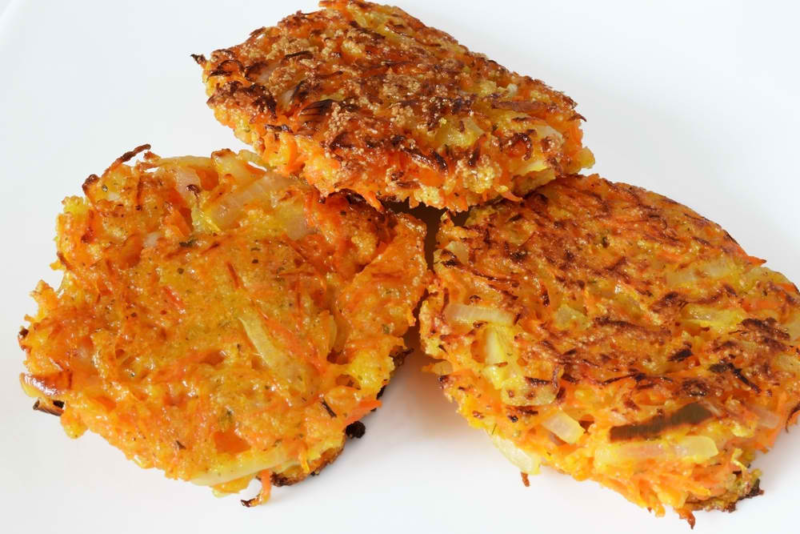Learn how to use chayote squash and get an easy 15-minute recipe for chayote patties - perfect vegetarian burgers. A nutritious vegan option.