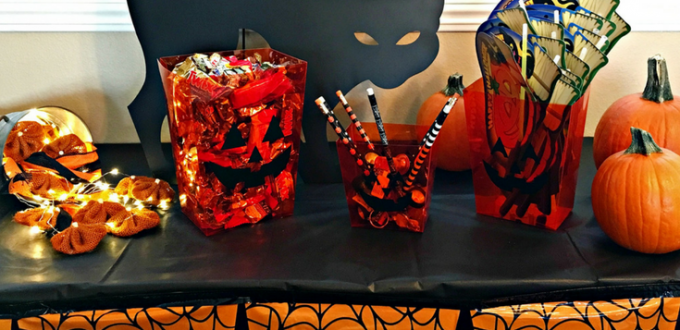 get creative with your halloween candy check out these frightfully fun and easy halloween candy