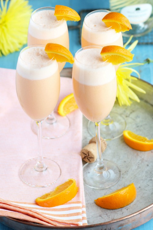Refreshing beverages to beat the heat - drink up! Plus link up at Home Matters with recipes, DIY, crafts, decor. #Beverages #Drinks #HomeMattersParty