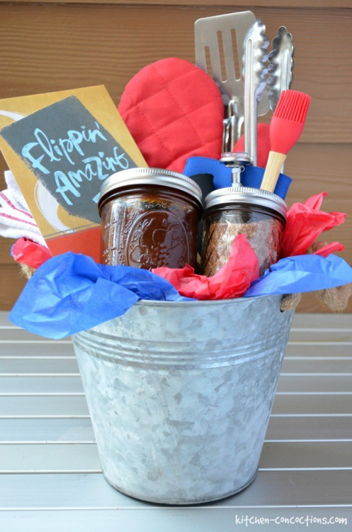 Father's Day - best recipes, gift ideas, tips & tricks for dad well. Plus linkup @ Home Matters. #fathersday #fathersdayrecipes #homemattersparty